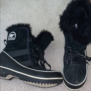 Sorel black snow boots
